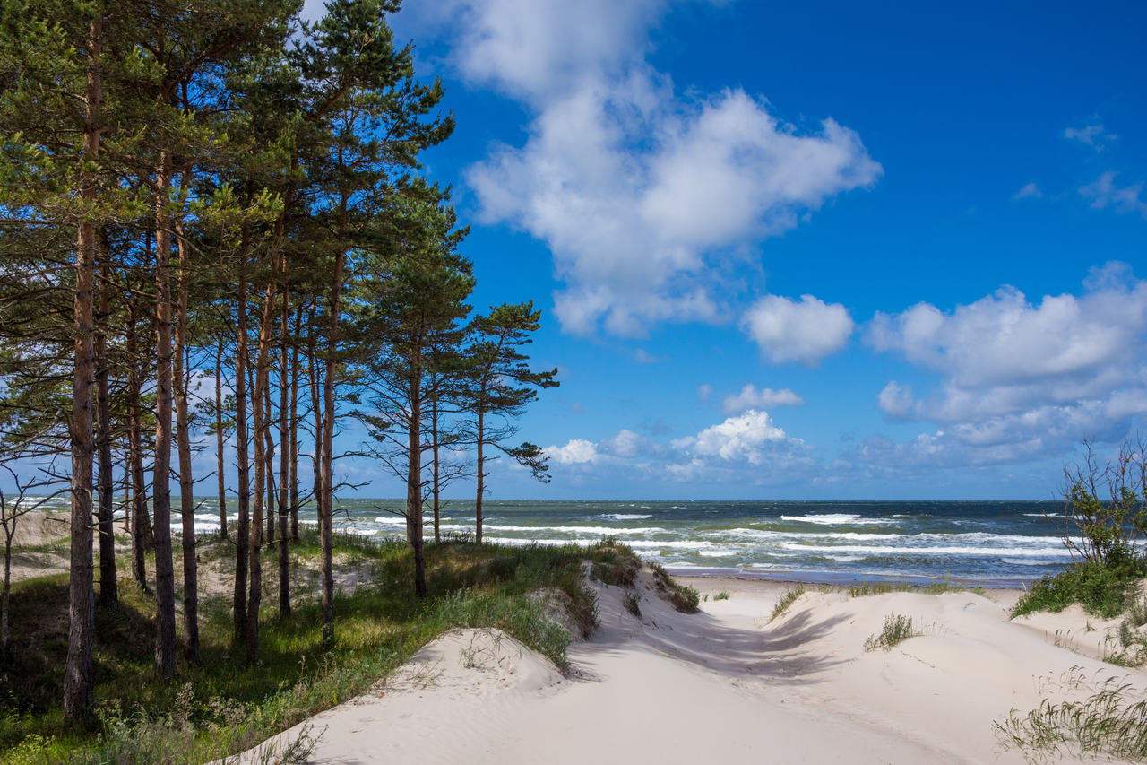 Ustronie Morskie – zaplanuj bezpieczny urlop nad morzem