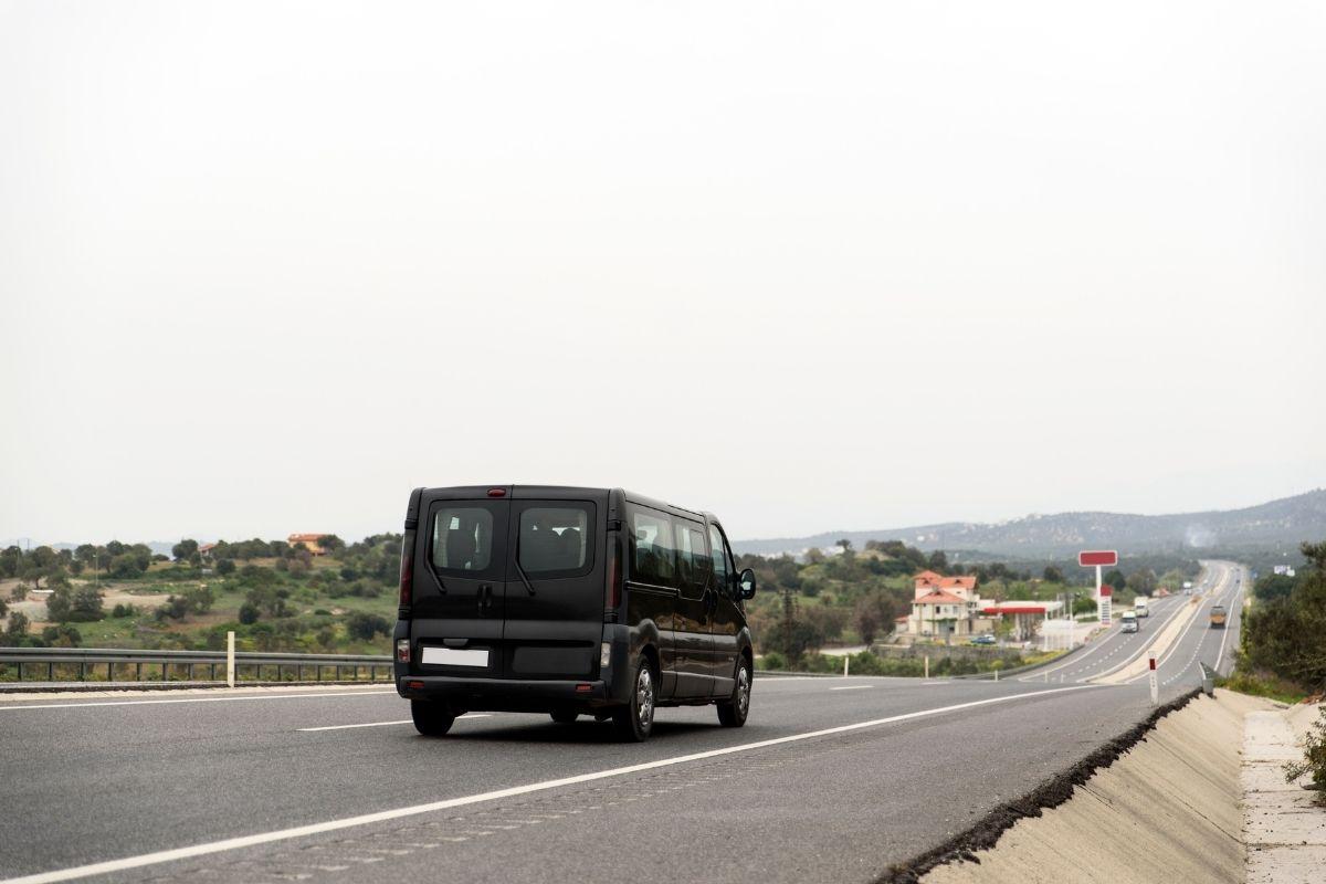 Zalety podróżowania busem